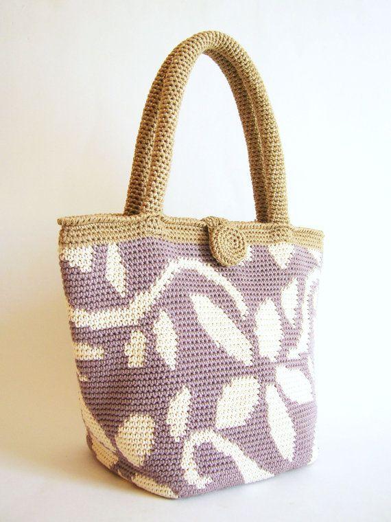 Crochet pattern for flower tote. Practice van chabepatterns op Etsy