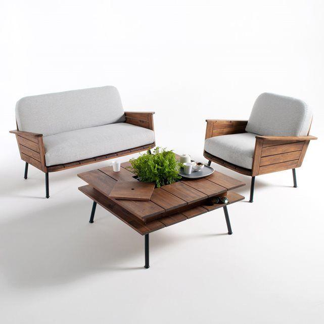 Un esprit lounge des années 50 souffle dans le jardin. Sa position légèrement renversée en fait un véritable canapé de relaxation !