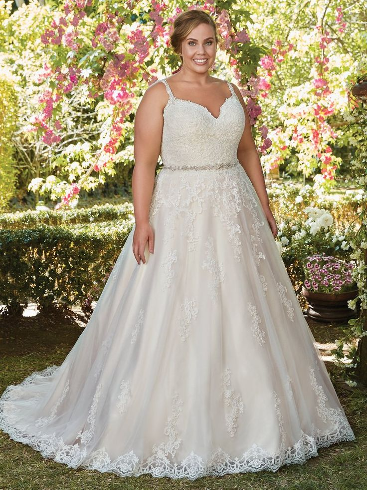 Spectacular Rebecca Ingram ALLISON This gorgeous ballgown features a layer of lace appliqu s over tulle A V neckline and open back with lace illusion trim add hints