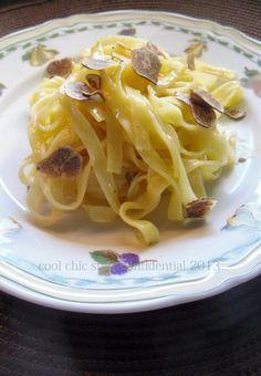 Tagliatelle con crema all'uovo e tartufo