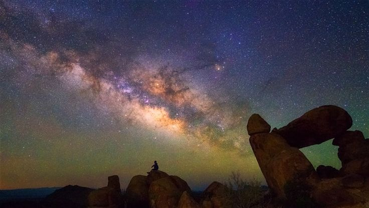Stargazing in the American Southwest- Whether at deserts campsites, on the top of a sand dune or through a telescope above the Grand Canyon, the Southwest USA's clear, arid weather and lack of light pollution make it one of the best places for stargazing in the country.