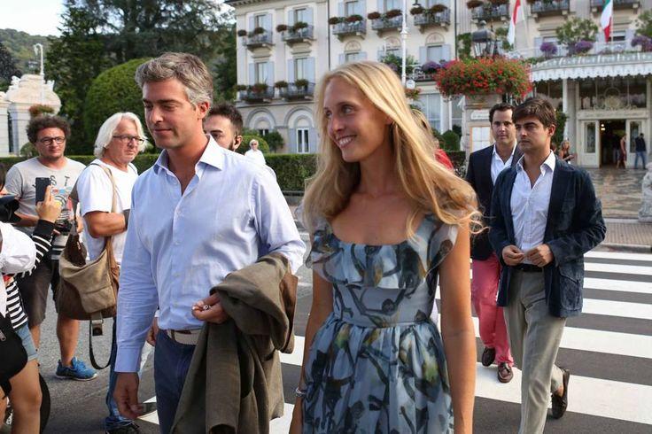 Beatrice e Pierre al secondo sì sul lago Maggiore. E Lapo arriva in 500 cabrio - Corriere.it
