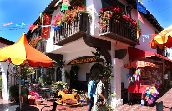 """Old Town San Diego - """"the birthplace of California"""" - is filled with history, restaurants, shopping, and entertainment! #SanDiego #attractions #vacation"""