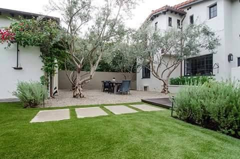 Jessica Capshaw house in California