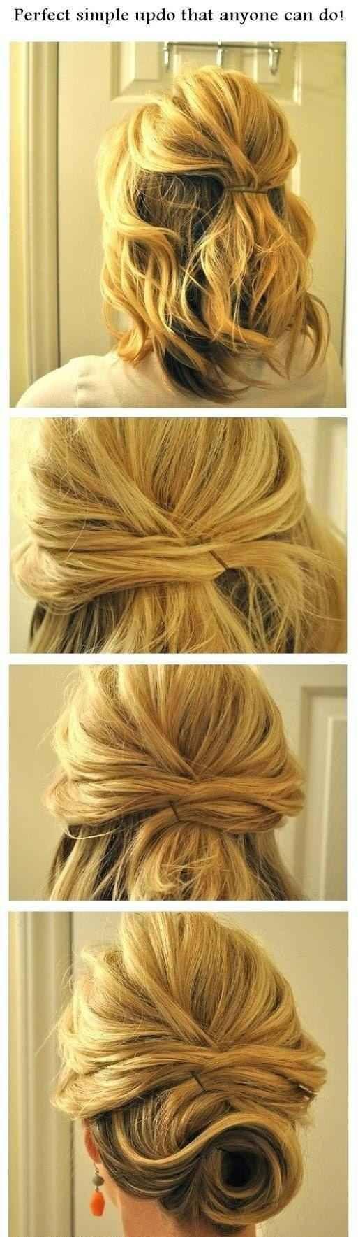 Wenn Du kurzes Haar hast, kannst Du auch Strähnen übereinander legen, um einen unordentlichen Zopf zu machen.