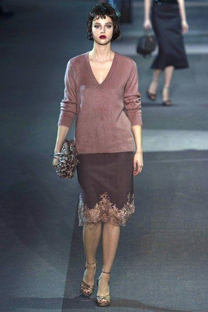 Louis Vuitton - www.vogue.co.uk/fashion/autumn-winter-2013/ready-to-wear/louis-vuitton/full-length-photos/gallery/952367
