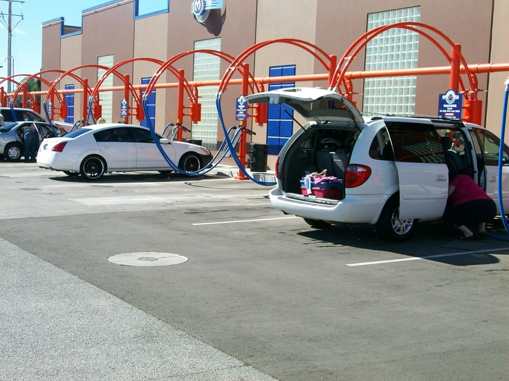 Clean cars, happy people