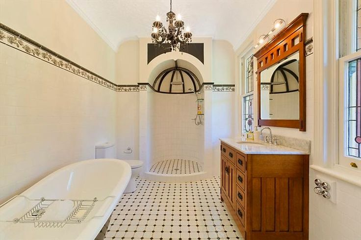 Another beautiful Federation bathroom, complete with marble wash stand and period tap ware. What a beautiful frieze and exquisite shower nook.