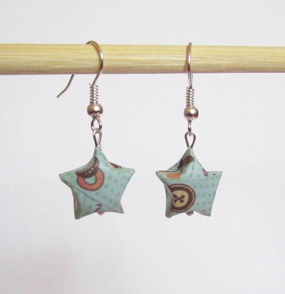 Boucles d'oreilles étoiles en origami par ichimo sur Etsy, €4.00