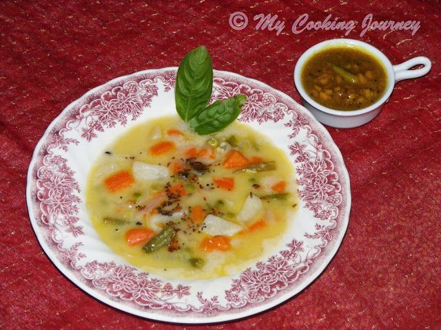Sodhi (Coconut Milk Kuzhambu) with Puli Inji (Ginger and Tamarind chutney/pickle) - Uncategorized 12 July, 2013 Sodhi, the Tirunelvelli specialty dish is something that I have not even heard of before. When Valli gave us the choice of combo dishes to ch