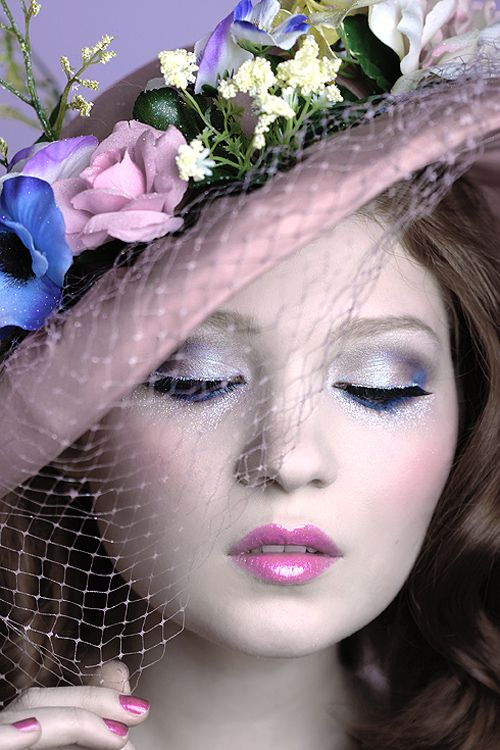 Glittery spring make-up by Doe Deere