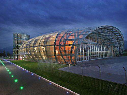 Hangar-7 : Creative Salzburg : Architecture : salzburg.info