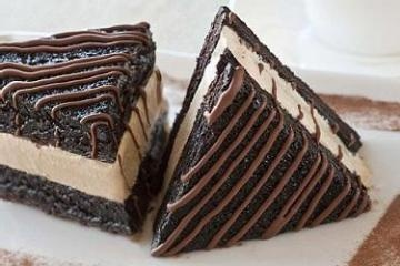 Chocolate Brownie and Coffee Ice Cream Sandwich: Chocolates Cake, Sweets, Ice Cream Sandwiches, Food, Coffe Ice, Chocolates Desserts, Yummy, Chocolates Brownies, Sandwiches Recipe