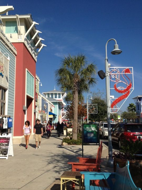Panama City Beach, Pier Park - Love it!! AMAZING outdoor mall ending at beach view!!