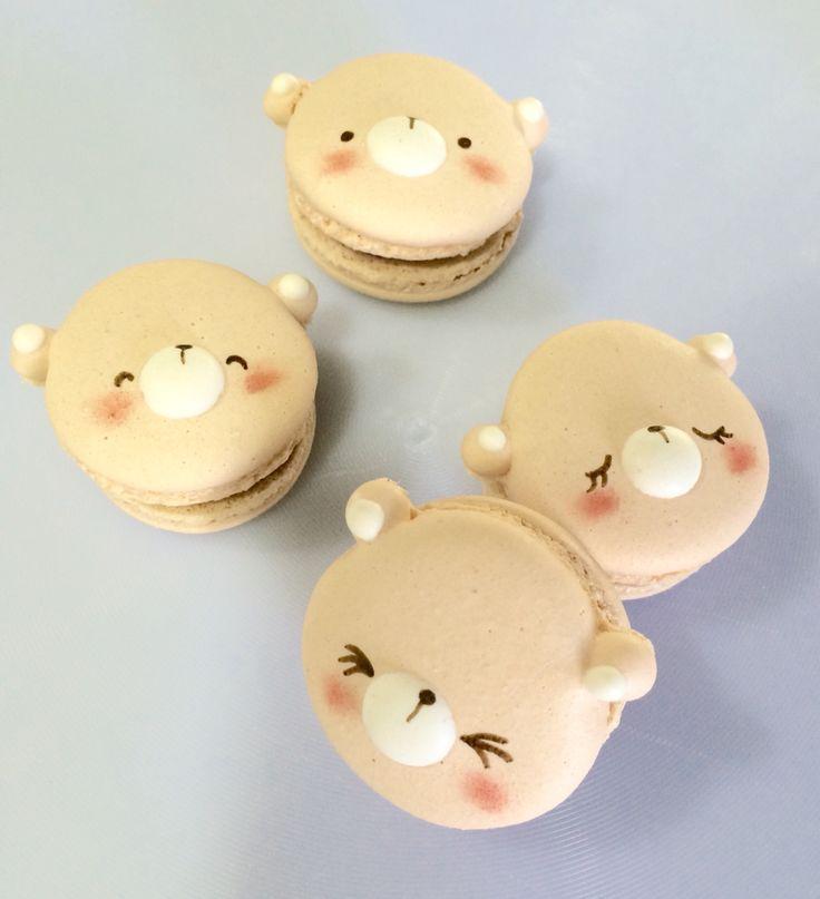 Cute teddy macarons
