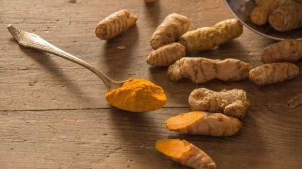 The British woman beat blood cancer by eating turmeric tablets    A British woman fought for cancer for five years but she did not succee...
