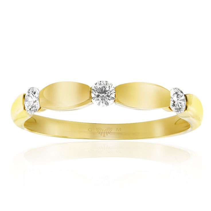 Celebrate life and love with the [ORO]3 Love Me Do diamond ring. Crafted in 18ct yellow gold. Width: 3mm. [ORO]3 rings are custom made for your finger size. Delivery is approximately 6 weeks. Pre order now.