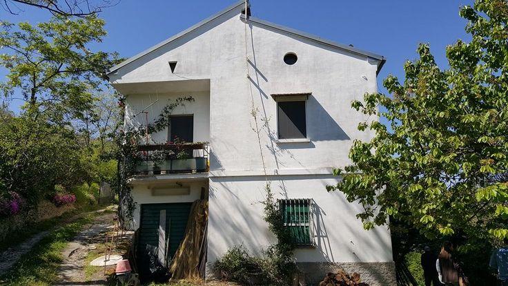 Дом в Абруццо, Италия, 225 м2 - фото 1