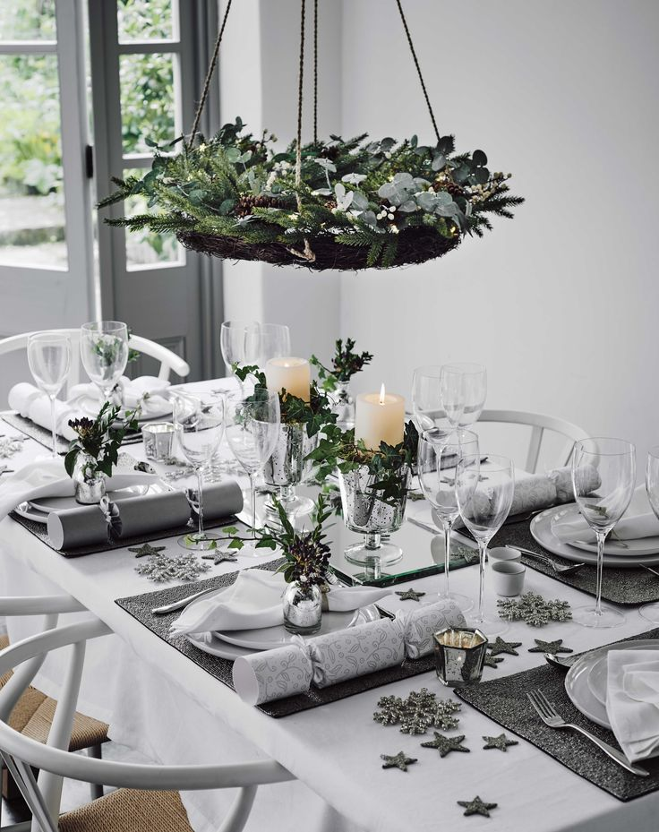 25 best ideas about christmas dinner tables on pinterest