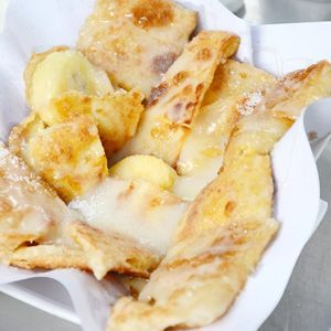 Thai roti with banana, cinnamon and condensed milk | What a genius combination!