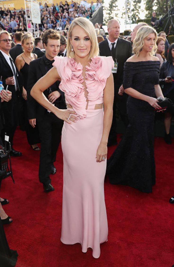 Carrie Underwood Golden Globes 2017
