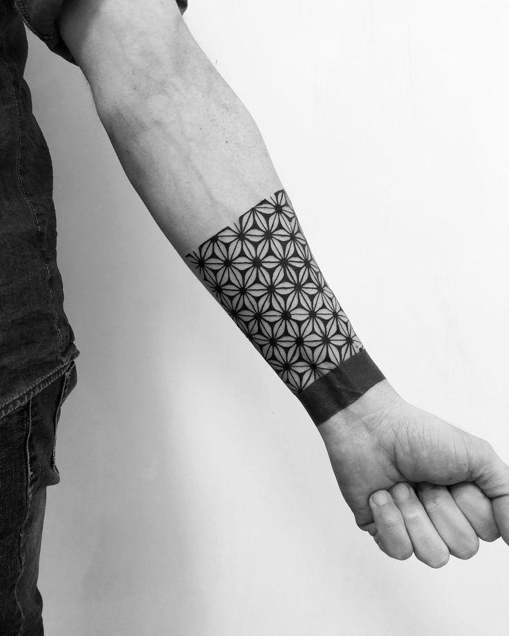 Pin by Jason Rowe on Tatoo ideas in 2020 | Geometric ...