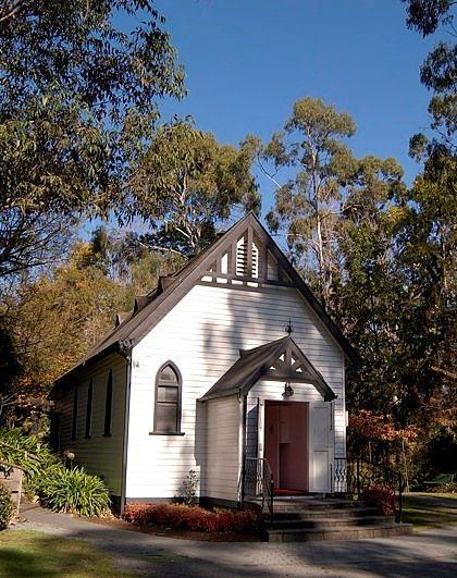 Our heritige listed chapel #wedding #bride #groom #reception #weddingreception #loveit #chateauwyuna #chapel #heritagelisted #dappledshade #outdoor #whiteweatherboard