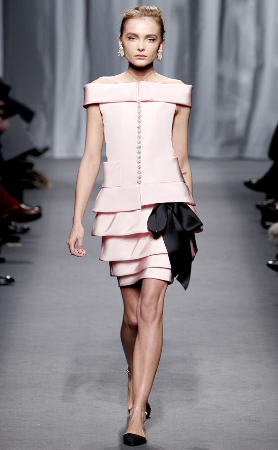 diseñadores famosos   vestidos de diseñadores famosos para primavera 8