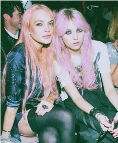 lindsay lohan and taylor momsen with grunge shopped