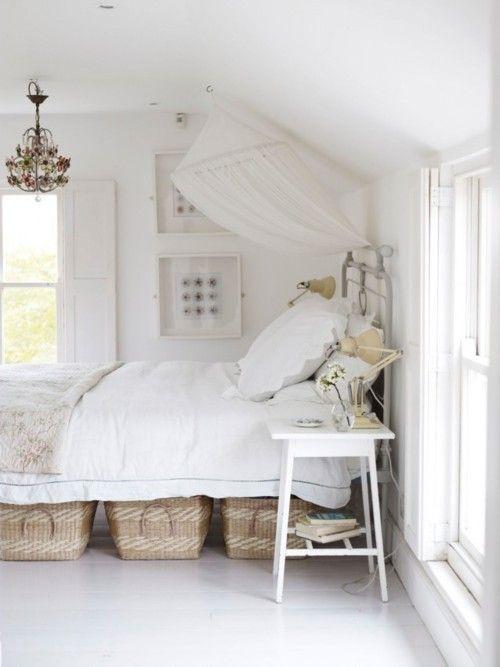 What simple elegance this sweet little bedroom beholds. So calming & serene.