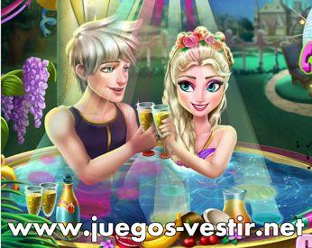 #Elsa necesita tu ayuda para preparar una #nocheromántica con Jack Frost en el jacuzzi. #juegosdevestir   #juegosdeamor    http://www.juegos-vestir.net/jugar/elsa-y-su-cita-romantica