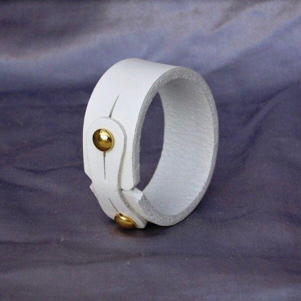 Kožený náramek jednoduchý, úzký, bílý - Šperky | Kožené náramky | Umělecké…
