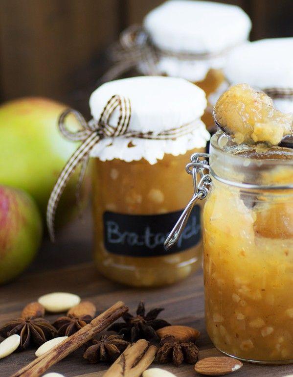 Köstliche Bratapfel-Marmelade von Zimtkeks und Apfeltarte.... ein perfektes Geschenk in der Weihnachtszeit und der Krache auf jedem Frühstückstisch