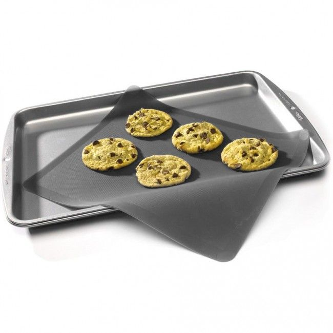 This silicone baking sheet is great for rolling or kneading dough and goes directly from the freezer to the oven. It's perfect for non-stick, low-fat baking!