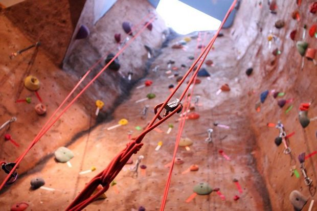 Stoneworks Climbing Gym, in Beaverton for 20 years, adds bouldering walls | OregonLive.com