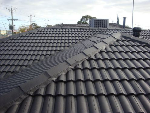 http://www.guardianroofing.com.au/# Roof Restoration & Roof Repairs Melbourne Victoria, Roof Painting, Roof Tiling, Roof Vents, Gutter Cleaning