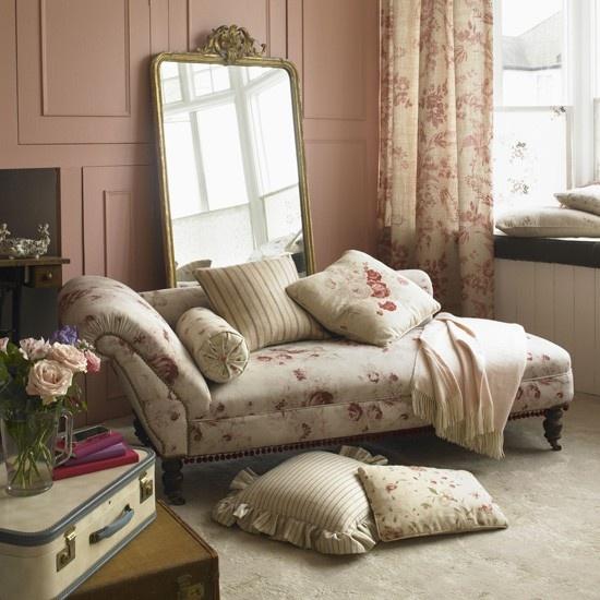 Dusky pink bedroom idea