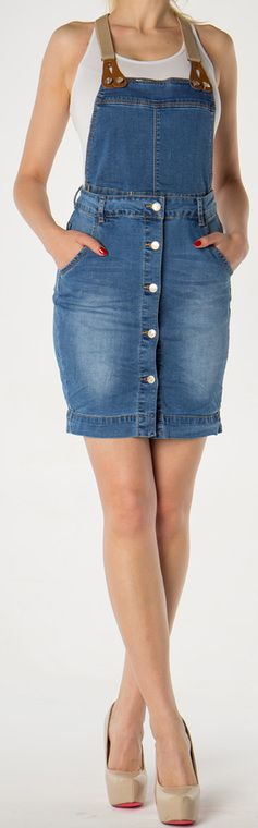Na letnie wieczory idealnie sprawdzi się spódnica jeansowa od @FabrykaJeansow! Charakteryzuje się podobieństwem do ogrodniczek i posiada praktyczne kieszenie! Sprawdźcie same - prezentuje się świetnie! ● FabrykaJeansow