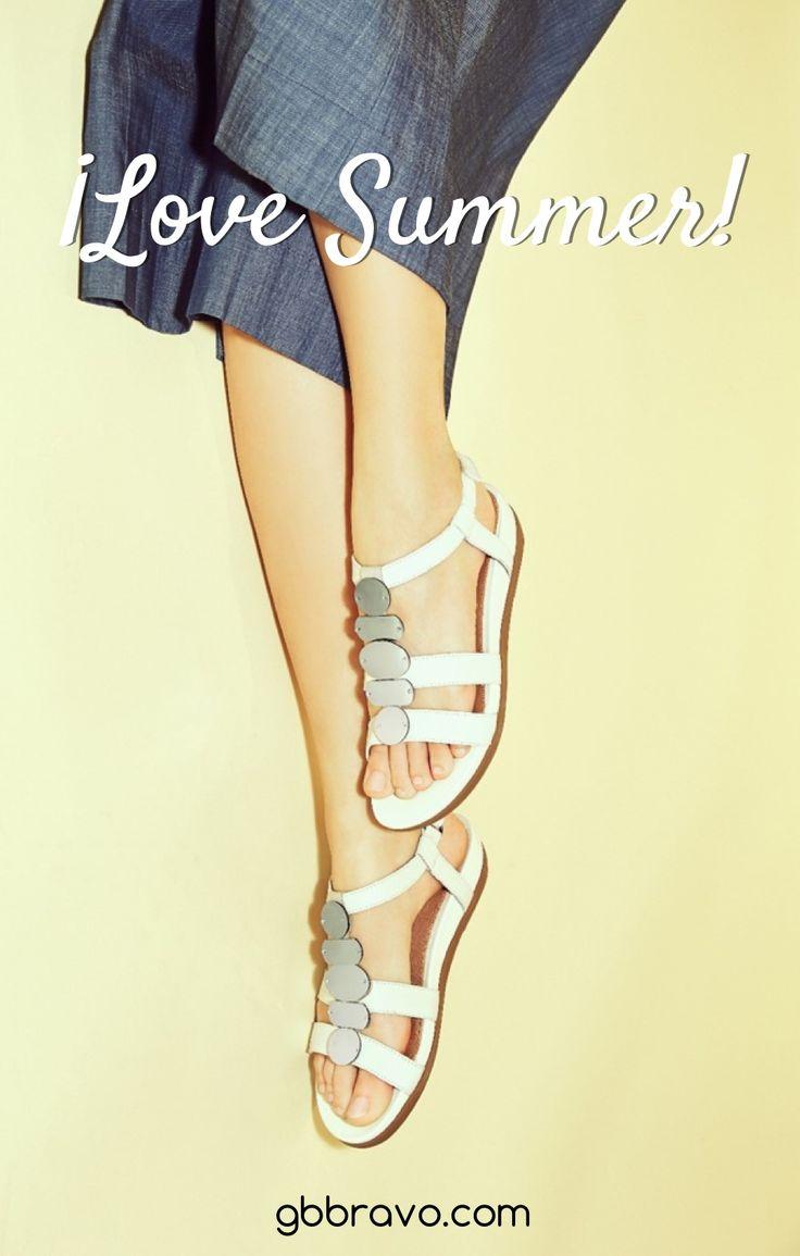 Por fin llega el calorcito, es hora de lucir sandalias  No os perdáis las últimas novedades !Love Summer!☀  #sandalias #primavera #calzado #moda