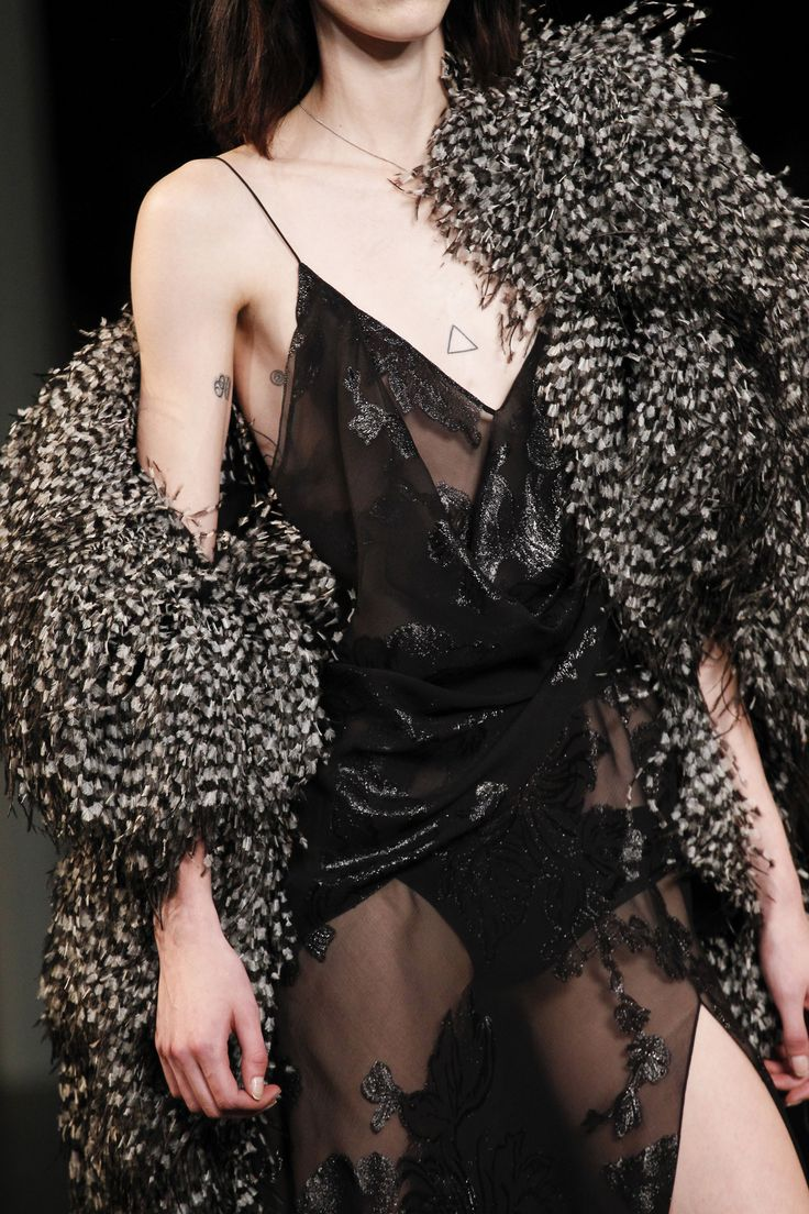 Saint Laurent Spring 2016 Ready-to-Wear Accessories Photos - Vogue