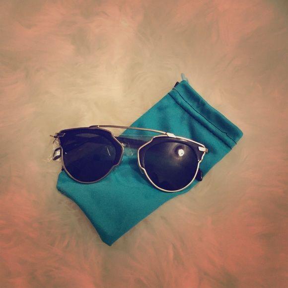 Kylie Jenner look alike sunglasses Kylie Jenner look alike sunglasses Accessories Sunglasses
