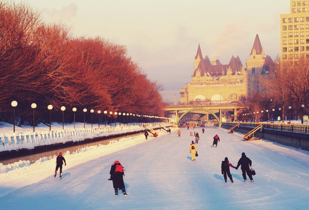 Stretching nearly 5 miles through Canada's capital city of Ottawa, the Rideau Canal Skateway is the world's longest naturally frozen skating rink.