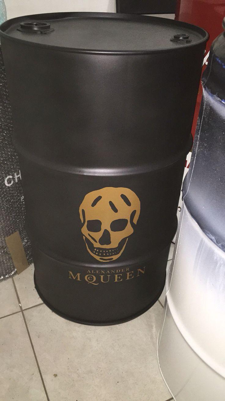 Mc Queen #mcqueen  #drum #oildrum #industrialdesign #barril #rebecaguerra #lata #decoração