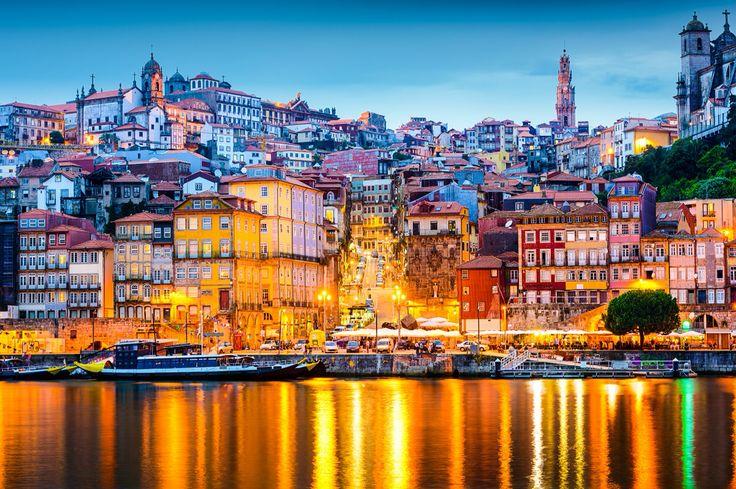 #PróximaParagem Porto Convidamo-lo, hoje, a deixar-se encantar por esta cidade, de gente genuína e hospitaleira, deixando-lhe algumas sugestões que o deixarão, certamente, encantado. >> https://goo.gl/2Sllsz   #Porto #AzoresAirlines