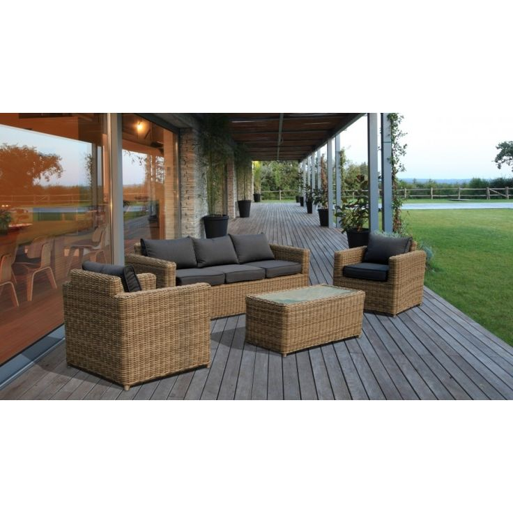 Un set divano versatile che aumenta il valore del vostro giardino, terrazza, o veranda.