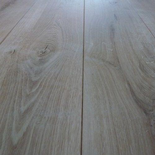 Massief eiken houten vloer 22cm breed.jpg