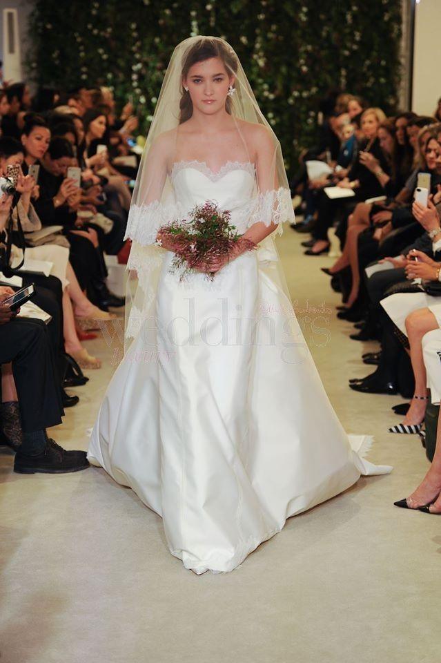 Collezione sposa primavera 2016 Carolina Herrera. La delicatezza e la sensualità del gelsomino