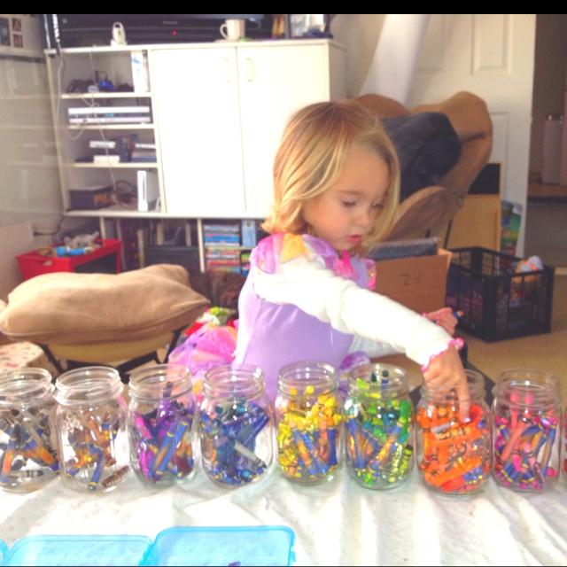Organizing Crayons CrayonsKids ColoringOrganizeKidsPainting