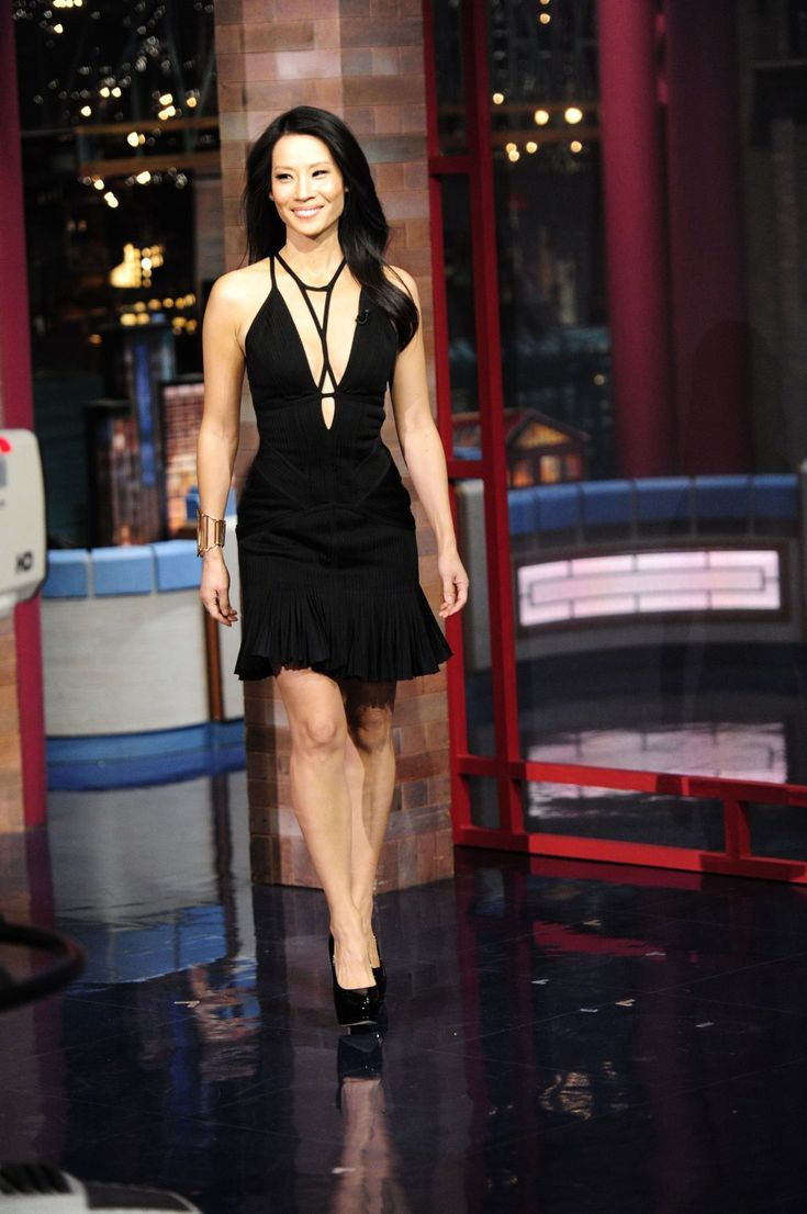 lucy-liu-the-late-show-with-david-letterman-herve-leger-strappy-chest-fluted-dress