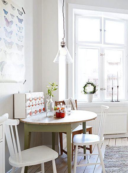 Rustic white kitchen - via Coco Lapine Design